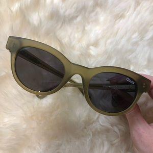 Quay Starstruck Sunglasses